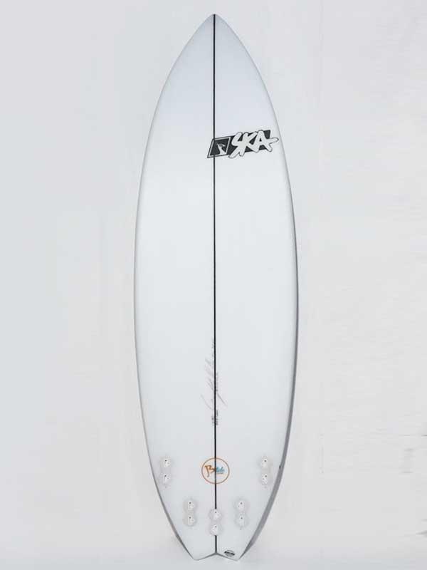 il deck della tavola da surf short per prioncipianti, facili partenze e manovrabilità
