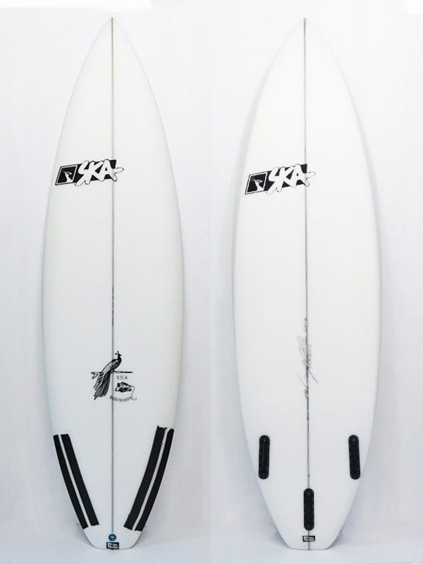 Tavola da surf Shortboard performante modello SK3. front e back