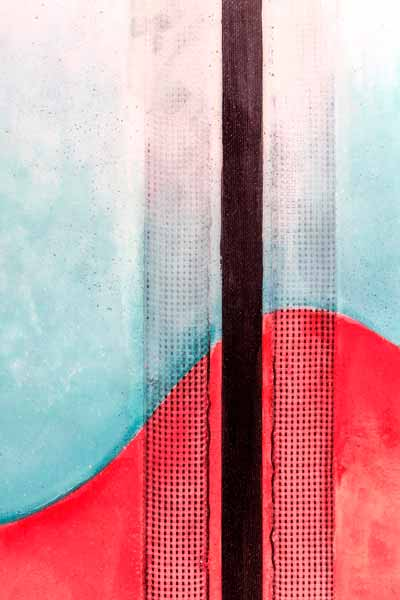 il dettaglio della fibra di carbonio su una tavola da surf stringerless ovvero senza longherone