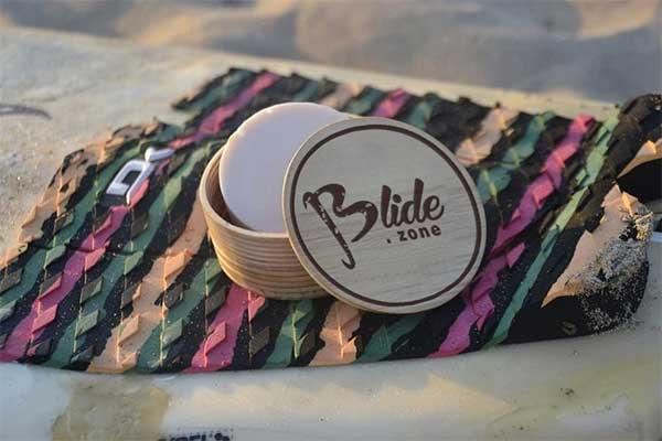 Il porta cera da surf il wax box marchiato blide.zone. un'accessorio pensato per il surfista italiano. Completamente realizzato a mano e made in italy