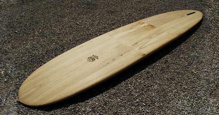 Mini malibu la tavola da surf ideale per tutti i livelli di surf. Scegli la tavola da surf giusta per te con Blide.zone!