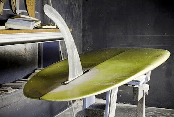 Un longboard surf con set up single fin, un vero classico per i surfisti itlaiani e non solo