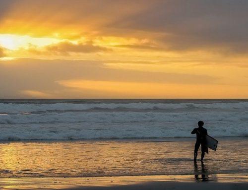 SURF ALL'ALBA: PERCHÉ CONVIENE!