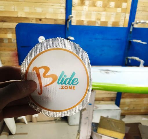 logo blide surf custom