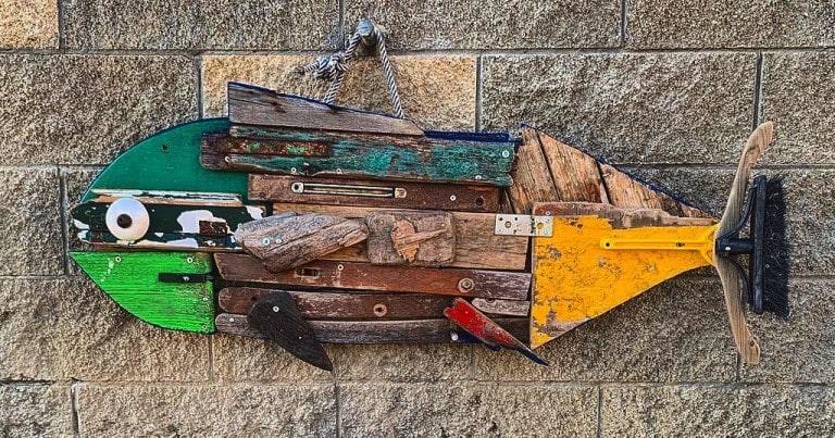 Gludamare l'arte il riciclo e il surf in un'armonia di creatività