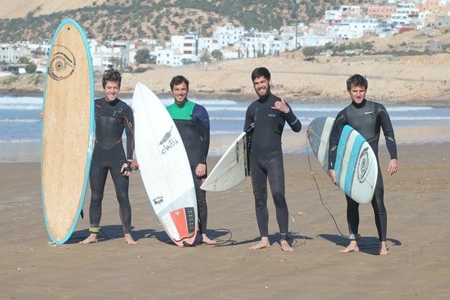 il surf club di milano, amicizia, sostenibilità e cultura del surf