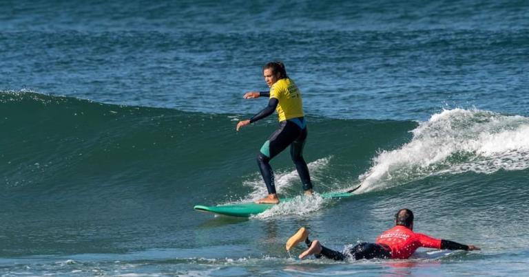 Chantal Pistelli McClelland la campionessa di adaptive surf italiana