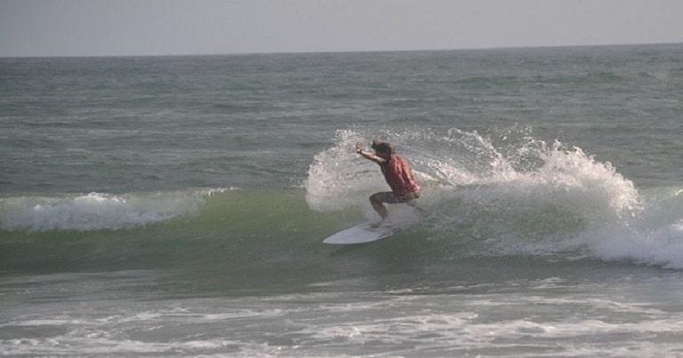 evitare infortuni nel surf