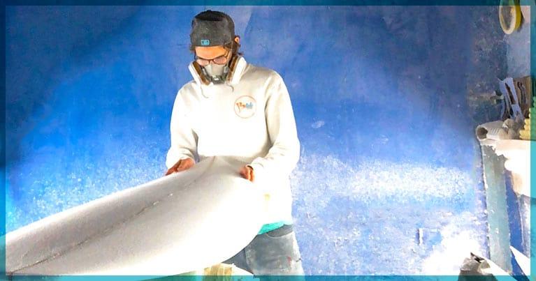 Costruire la tavola da surf e surfare quello che hai creato tu, con Blide è possibile con il nuovo kit shaper