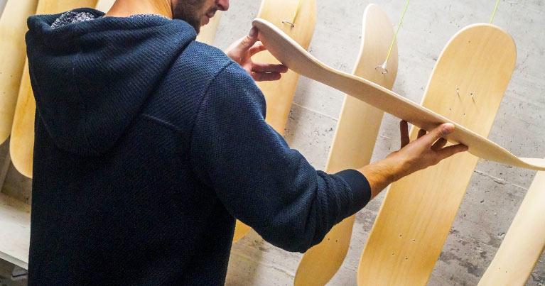 distributore e produttore tavole skate longboard Italia. Su Blide richiedi il tuo stock di tavole