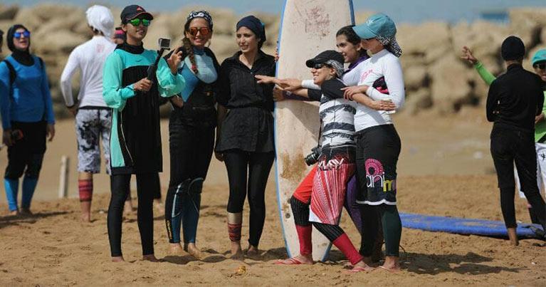 Shahla Yasini surfista Iraniana