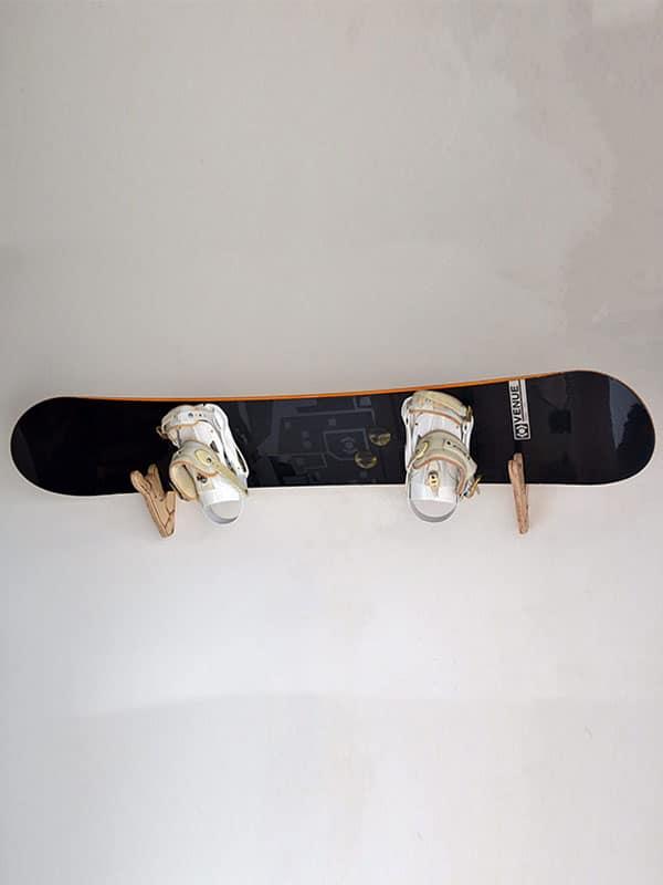 snowboard rack appendere tavola snow al muro