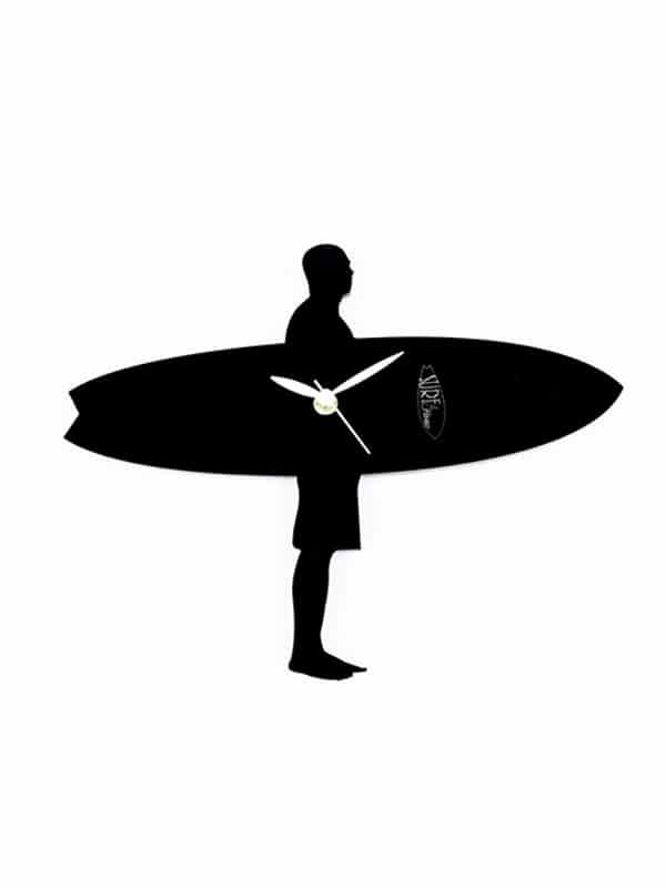 surfista con la tavola orologio da parete