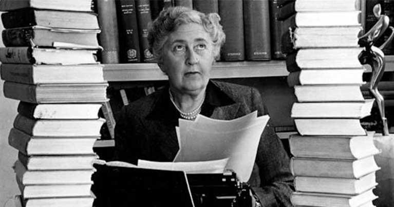 Agatha Christie e surf una pioniera del surf europeo