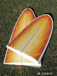 tavola da surf spezzata